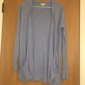 American Eagle size M blue knit sweater